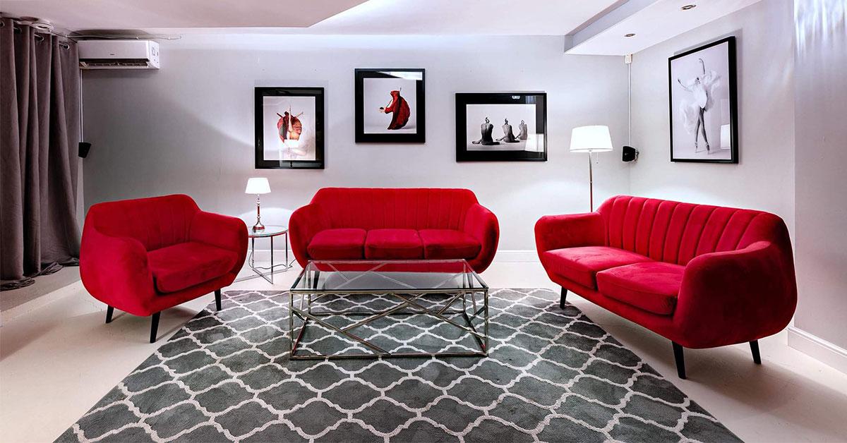 Sofas for simple, minimalist rooms