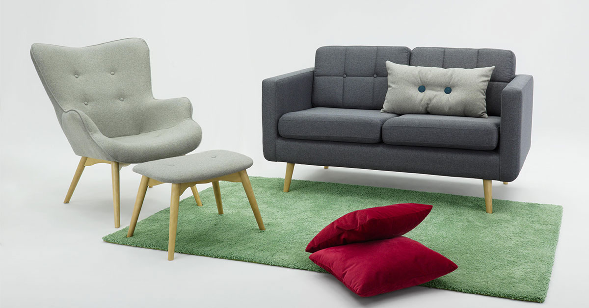 Grey wingback chairs. Our 4 recommendations for a modern living room.