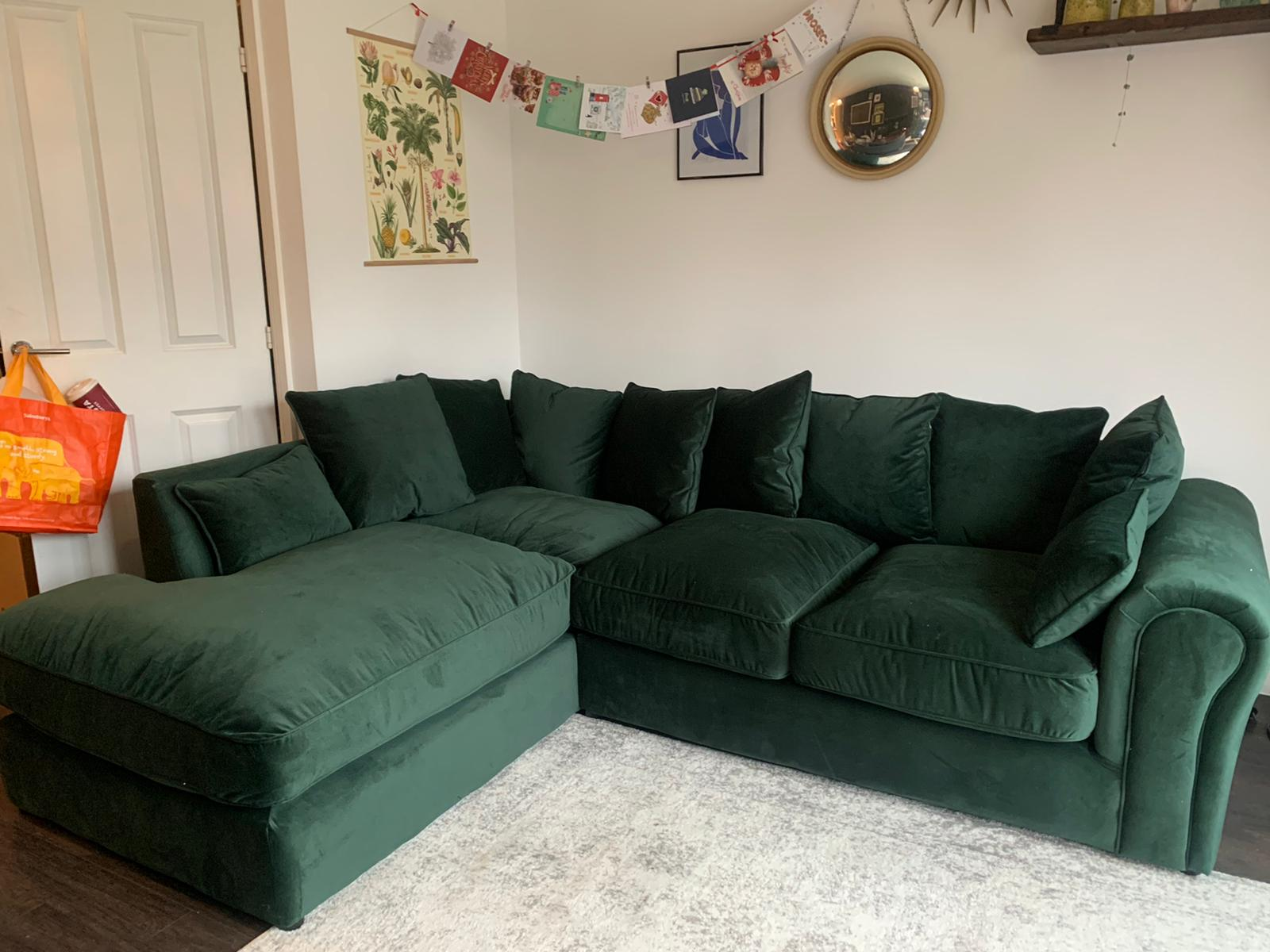 Baron bottle corner sofa