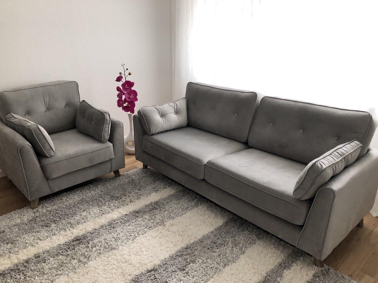 Magnus gray velvet sofas set