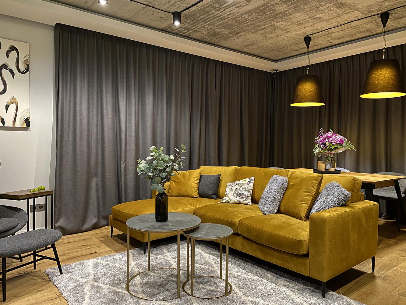Covex mustard corner sofa from @flamingos.home