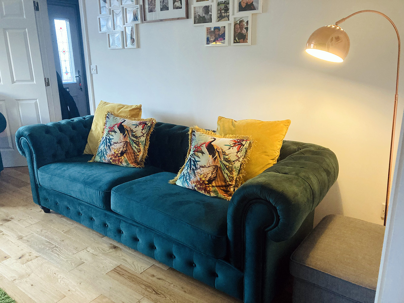 Chesterfield Max Sofa from Naomi