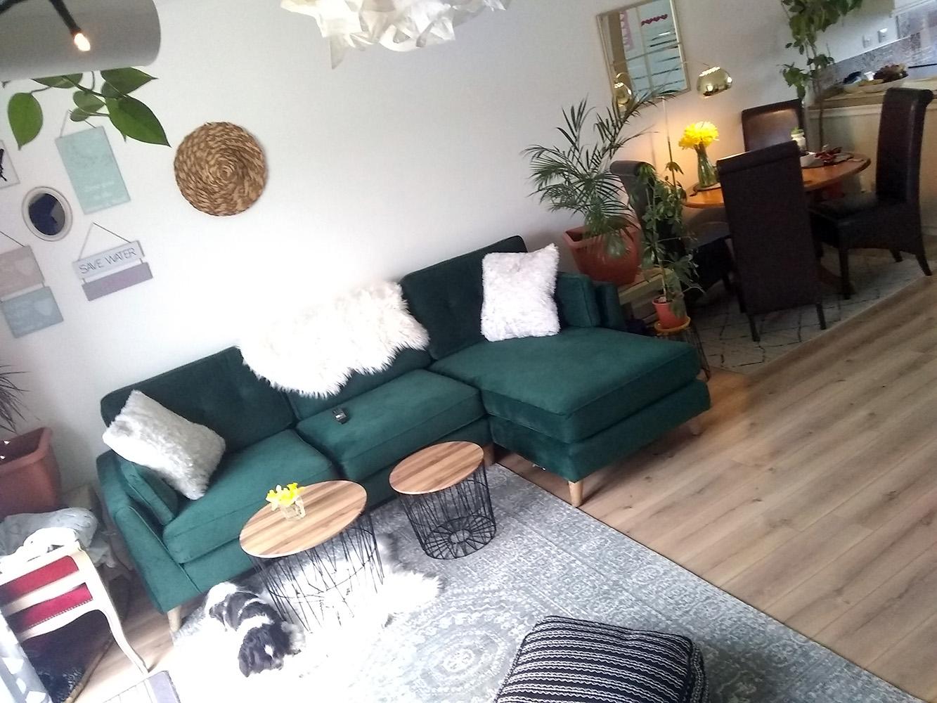 Green Magnus corner sofa from Liga