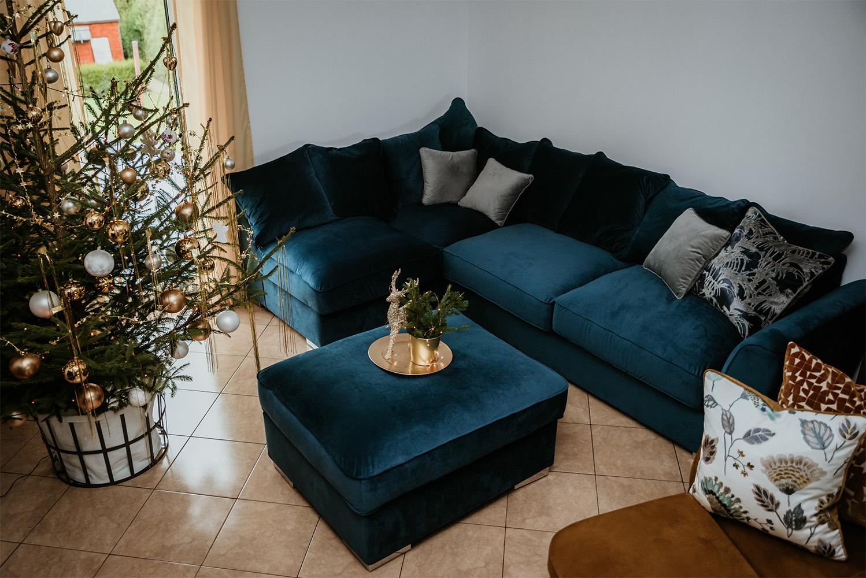 Majestic blue corner in velour fabric
