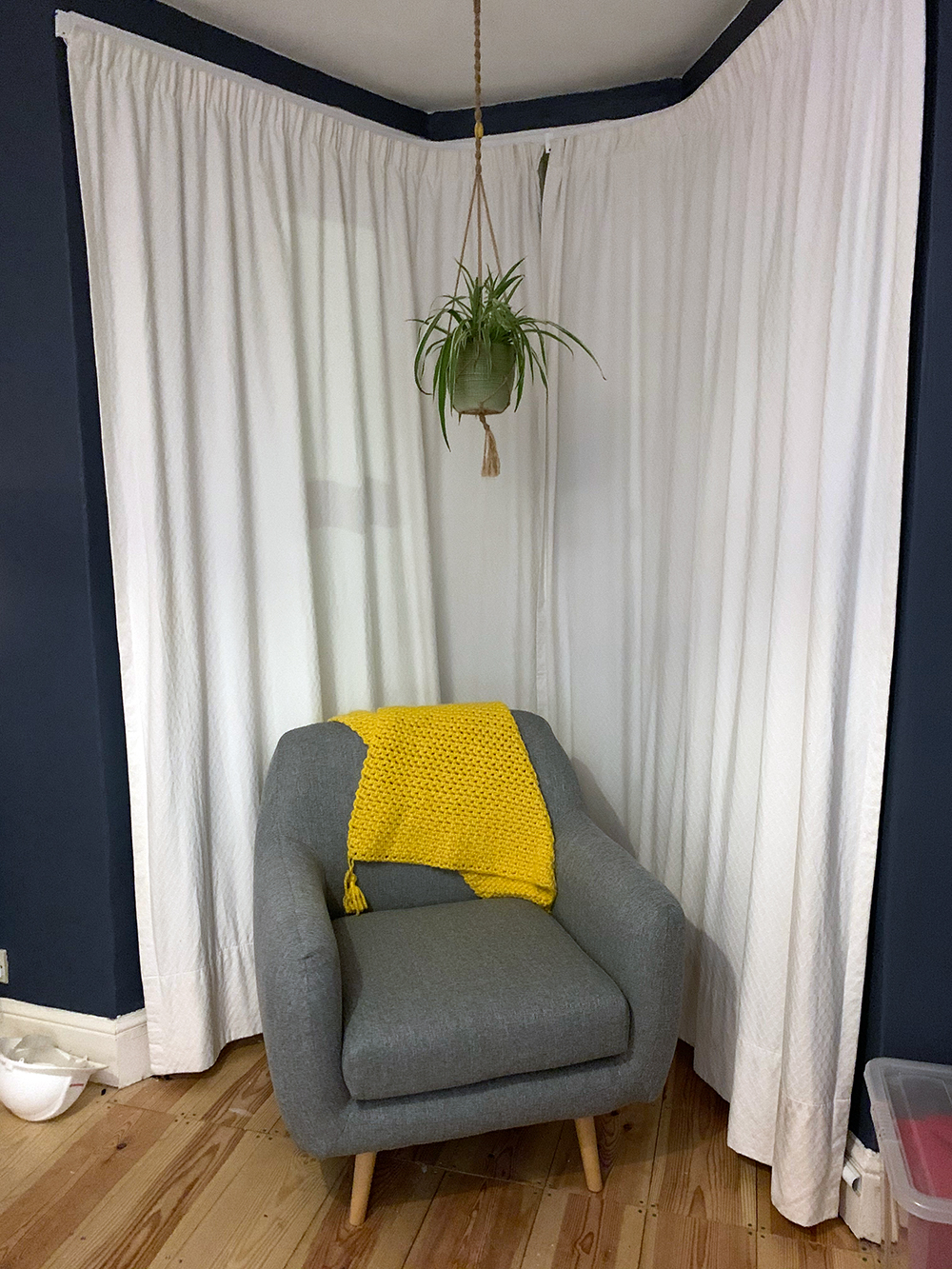 Revive grey armchair in retro style