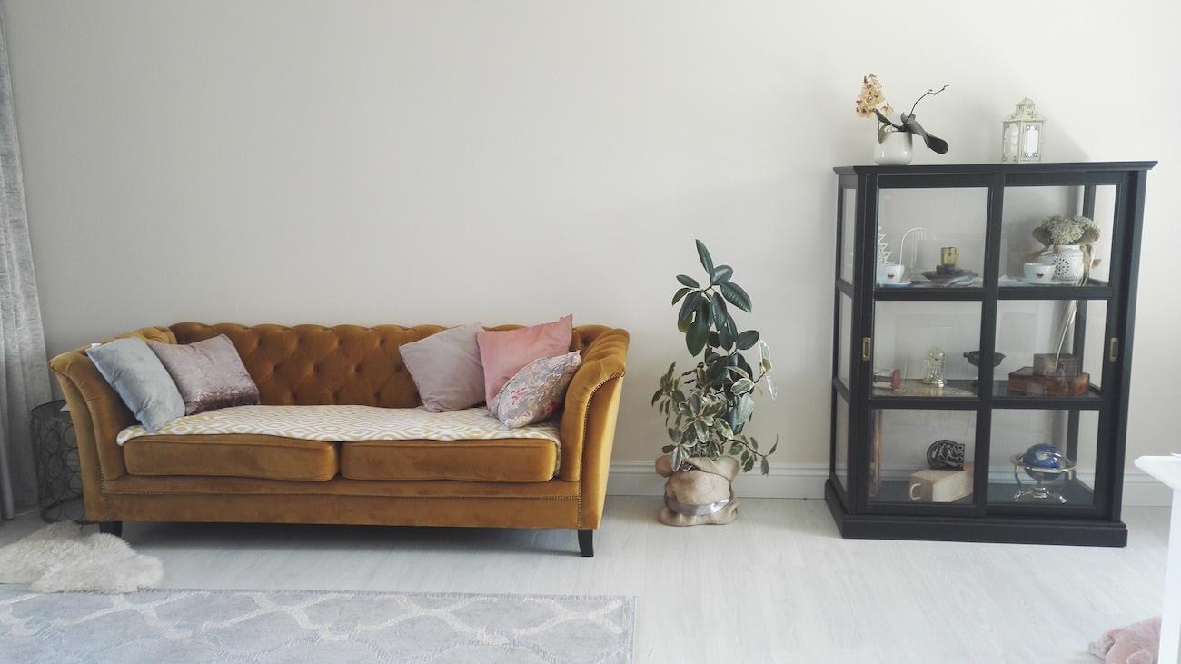 Karin 3 Seater Chesterfield Style Sofa, Mustard Fabric